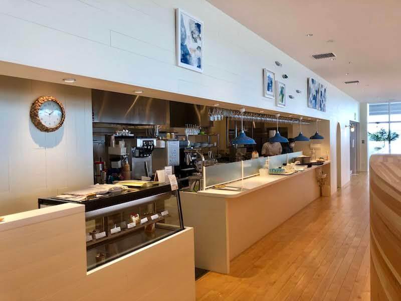 kanazawa-port-cruise-terminal-restaurant-bay-arce2